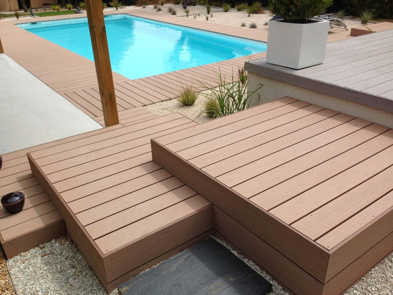Réalisation d'une terrasse en bois composite sur pilotis - Timbertech